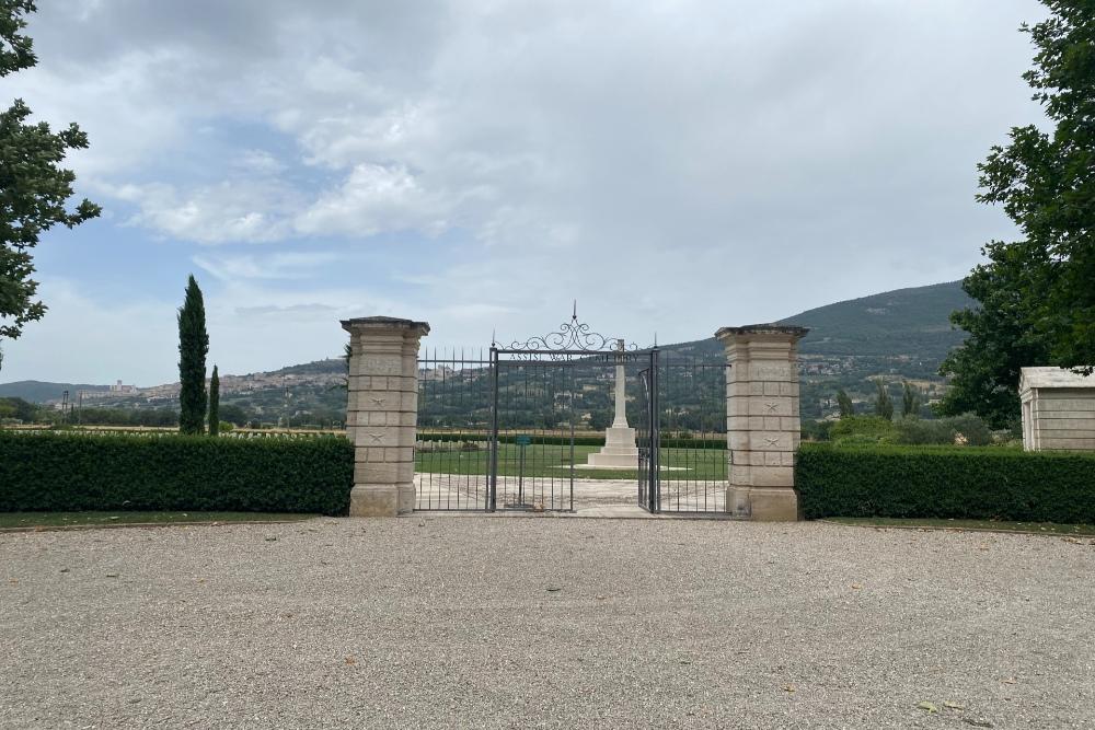 Oorlogsbegraafplaats van het Gemenebest Assisi