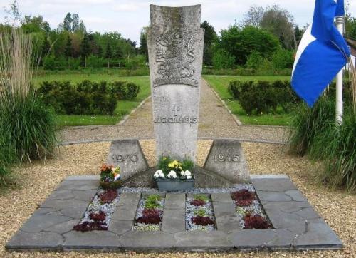 Dutch War Graves Roman Catholic Cemetery Grevenbicht