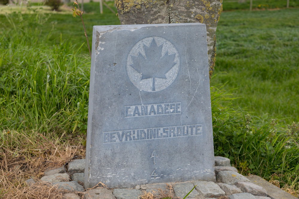 Wegmarkering nr. 4 Canadese Bevrijdingsroute