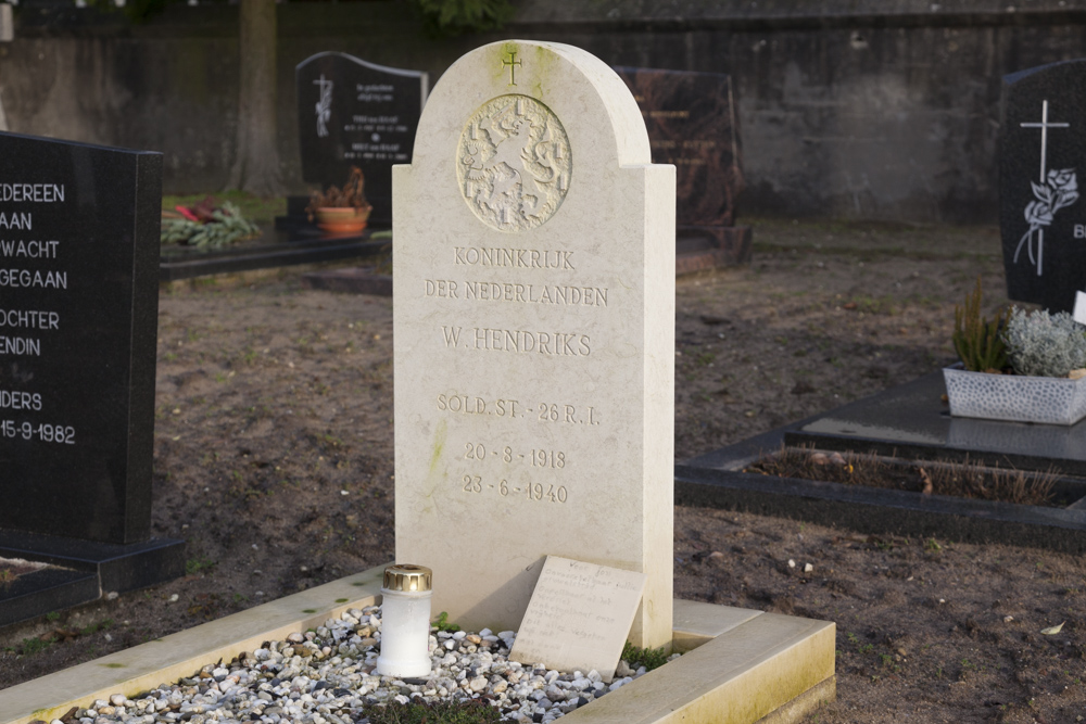 Dutch War Grave Roman Catholic Cemetery Ottersum