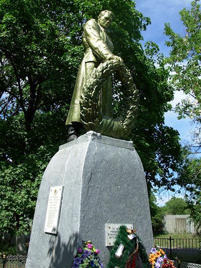 Massagraf Sovjetsoldaten Birky