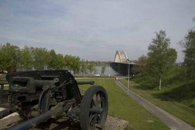 Anti-tank Gun Waalbrug