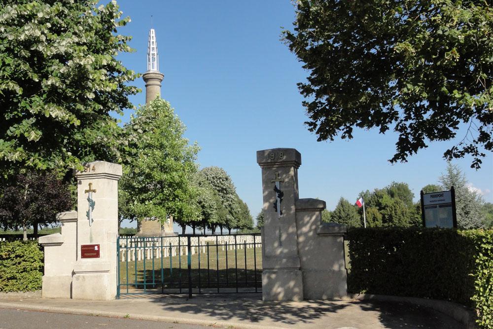 Franse Oorlogsbegraafplaats Pierrepont