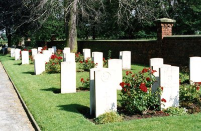 Commonwealth War Graves Selby Cemetery