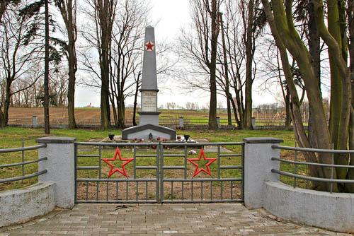 Former Soviet War Cemetery Folwark