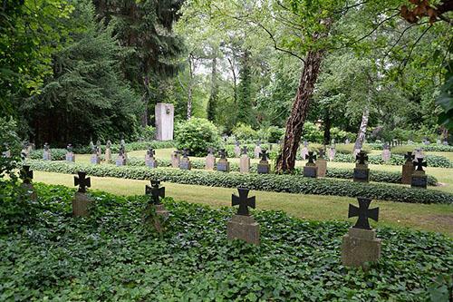 Duitse Oorlogsgraven Hauptfriedhof Braunschweig
