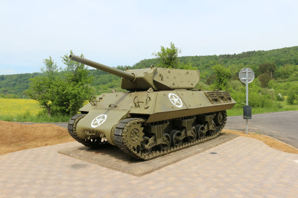 American M10 Tank Destroyer