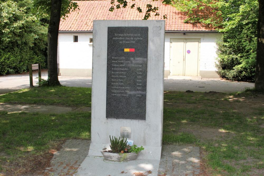 Monument Ontploffing 23 juni 1945 Eeklo