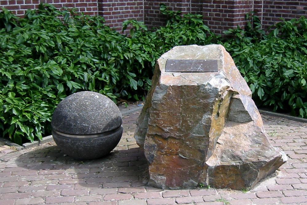 War Memorial De Moer