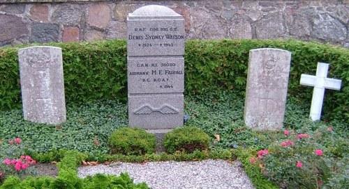 Commonwealth War Graves Bogø By