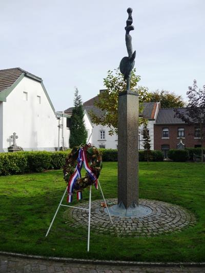 War Memorial Beek