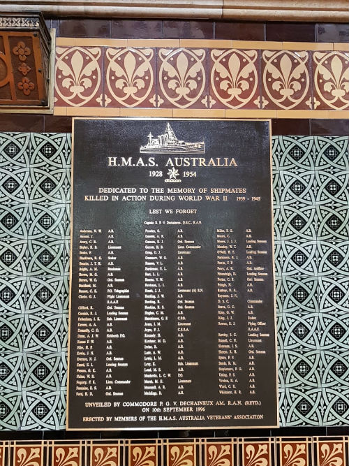 Monument HMAS Australia