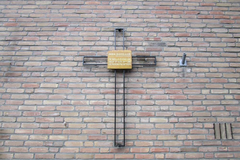 Monument Dirk Davelaar