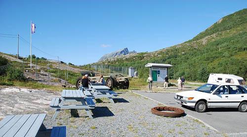 10.5 cm leFH 16 Field Guns Grønsvik