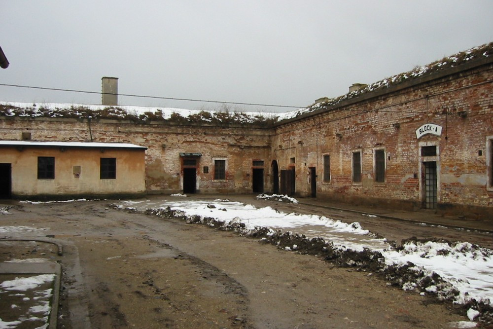 Concentration Camp and Ghetto Theresienstadt - Terezín ...