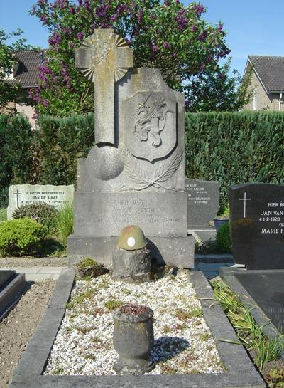 Dutch War Grave Haarsteeg