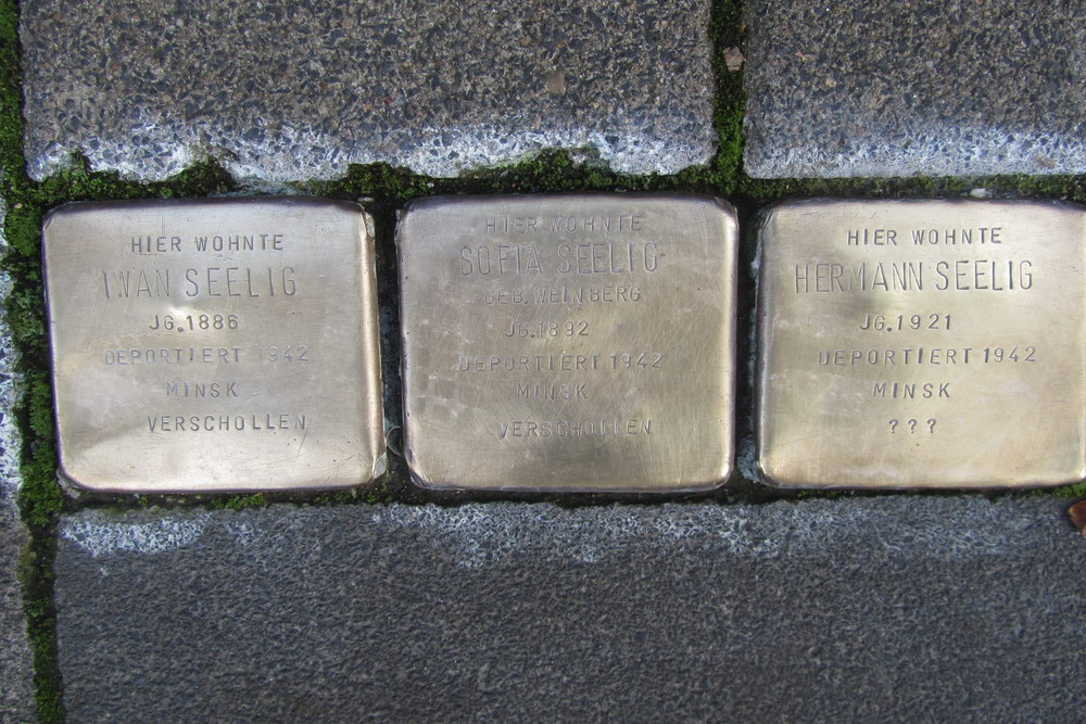 Stumbling Stones Hardefuststraße 3