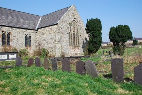 Commonwealth War Graves St. Peblig Churchyard