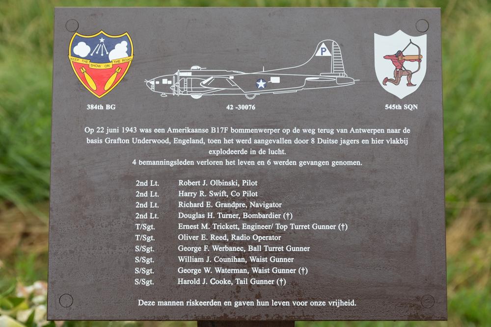 Memorial B17F 42-30076