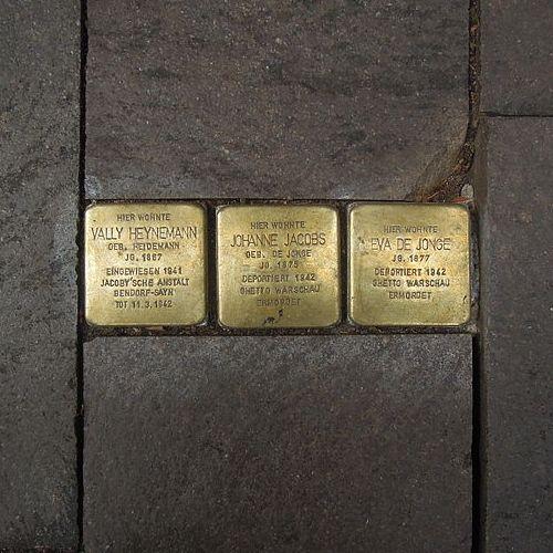 Stolpersteine Lange Straße 25