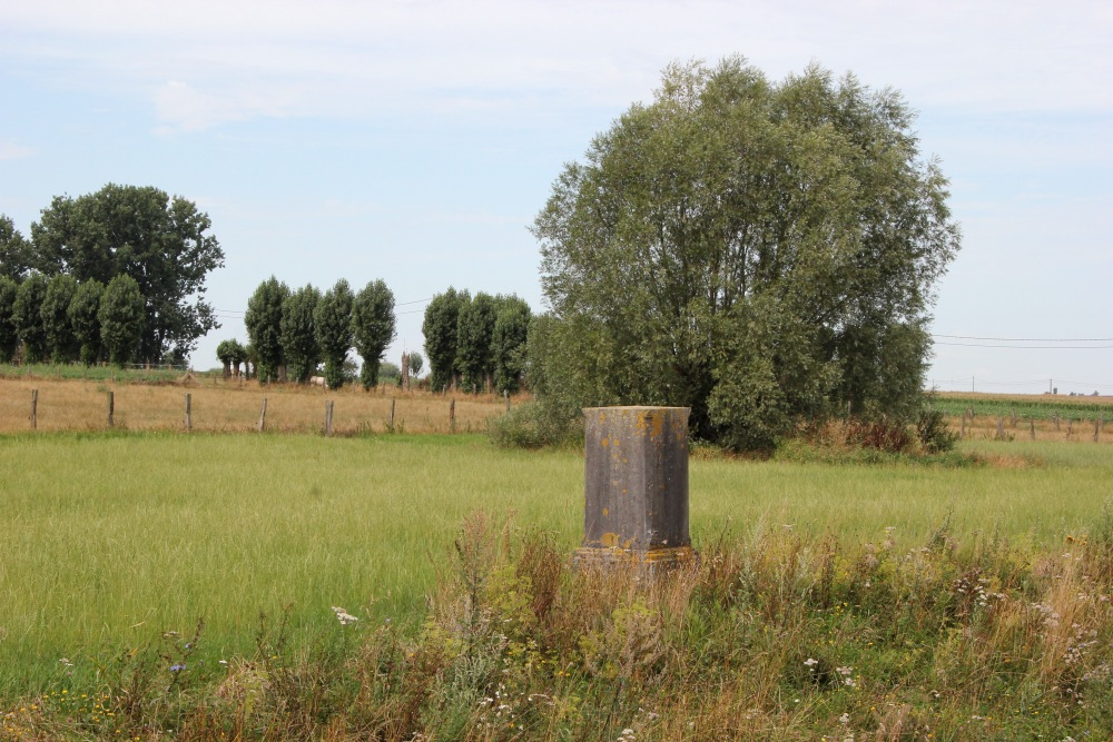 Memorial Stone 2e Chasseurs d'Afrique
