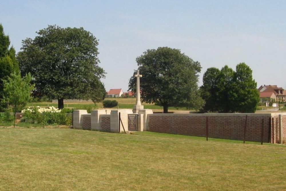 Oorlogsbegraafplaats van het Gemenebest Anzin-St. Aubin