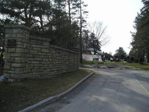 Oorlogsgraven van het Gemenebest Pinecrest Cemetery