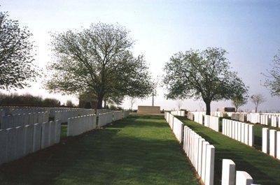 Oorlogsgraven van het Gemenebest Outtersteene Extension