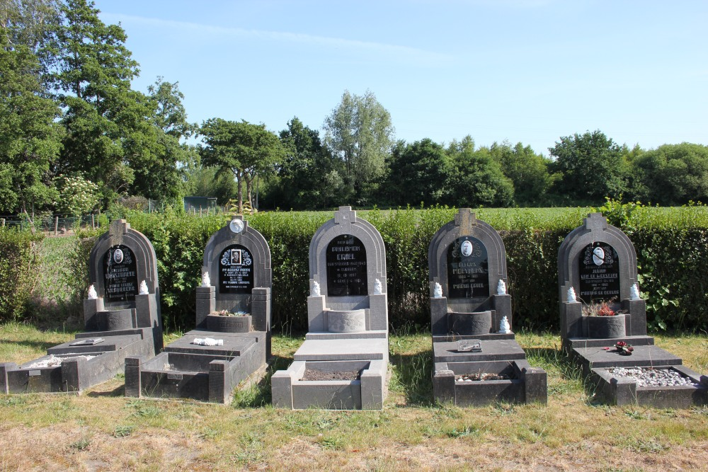 Veteran War Graves Belzele