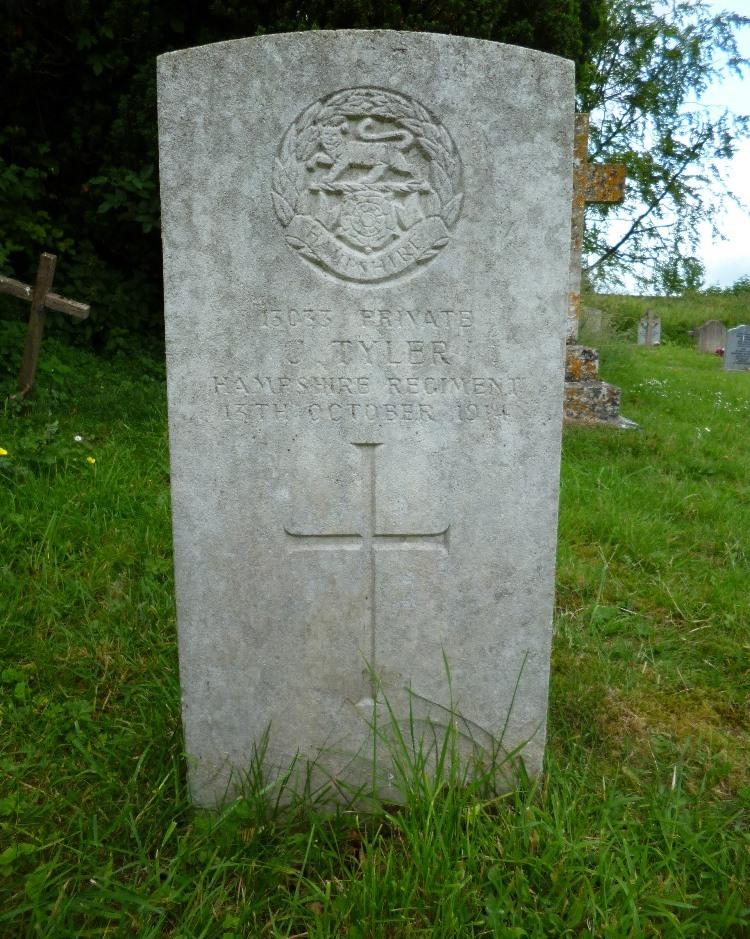 Commonwealth War Graves Corton Cemetery