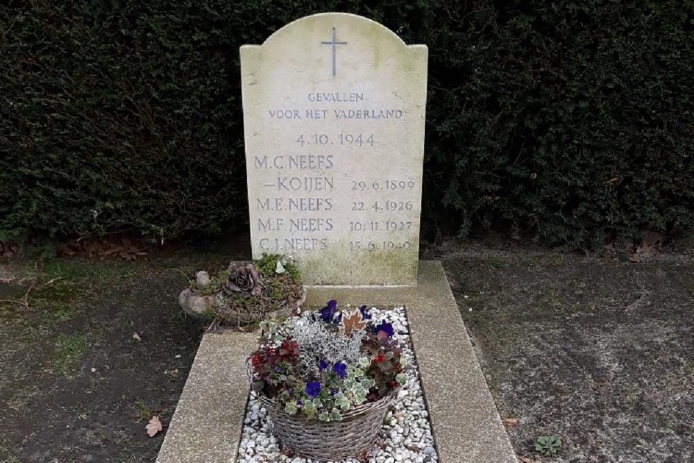 Dutch War Graves Roman Catholic Cemetery Rijsbergen