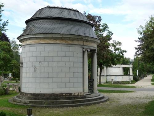 Bullet Impacts Grave Memorials Klagenfurt-Annabichl