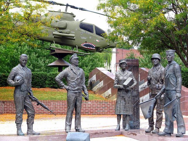 Veterans Memorial Bristol