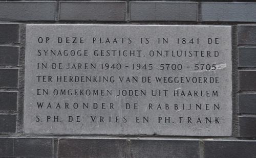 Plaquette Gedeporteerde Joden Haarlem