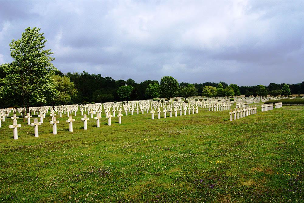 Franse Oorlogsbegraafplaats Le Pont-du-Marson