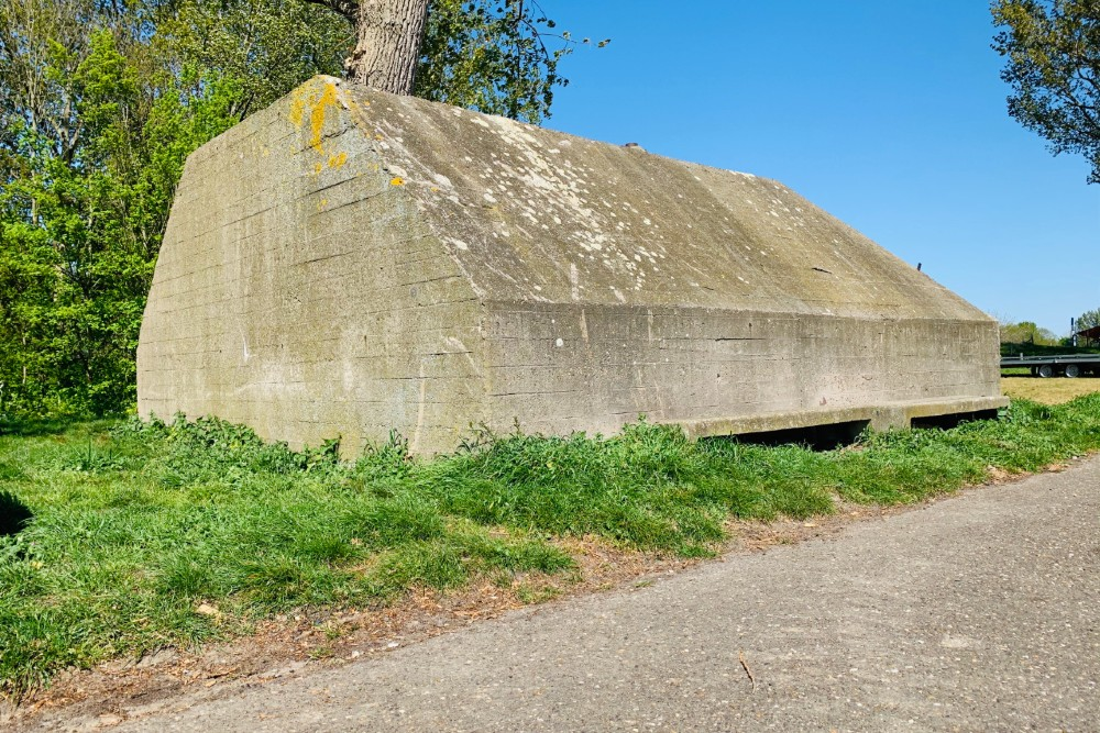 Group Shelter Veerweg