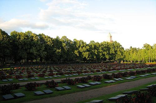 Finse Oorlogsbegraafplaats Helsinki-Hietaniemi
