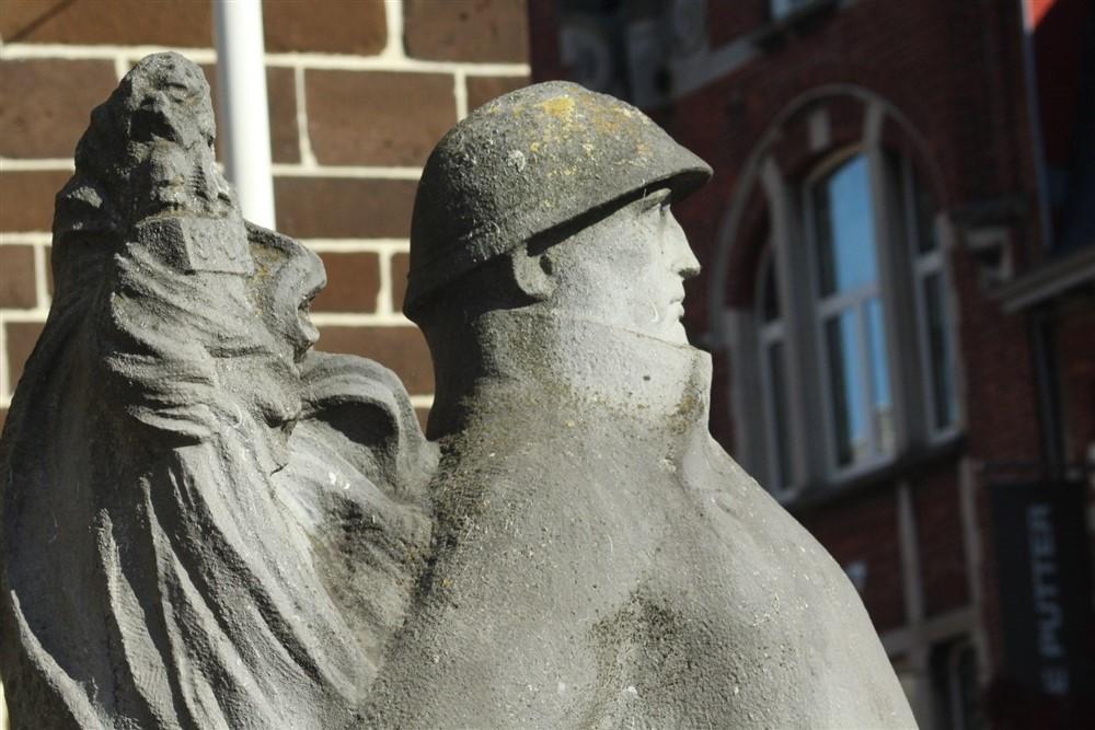 War Memorial Grote Markt Aarschot