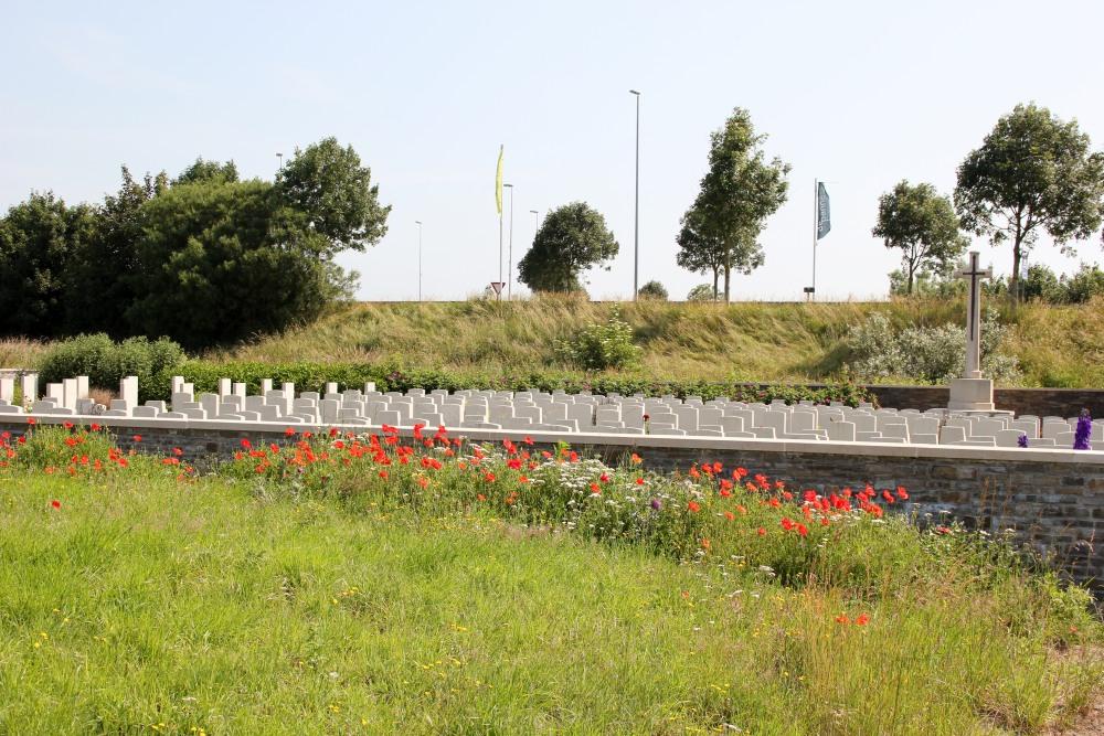 Oorlogsbegraafplaats van het Gemenebest Adinkerke