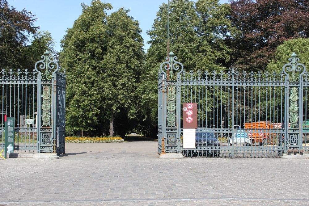 Oorlogsgraven van het Gemenebest Begraafplaats Brussel Stad