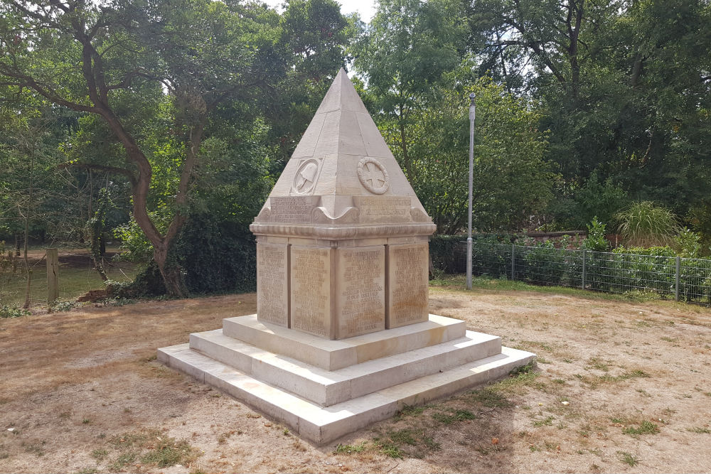 War Memorial Drakenburg