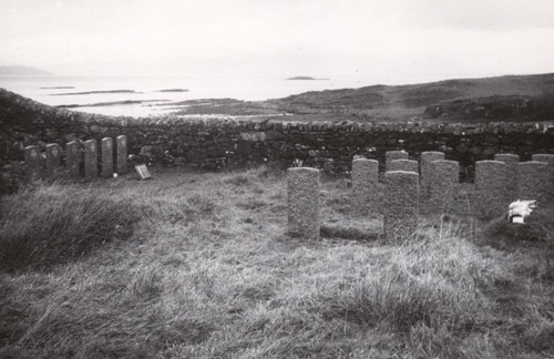 Commonwealth War Graves Ashaig Cemetery
