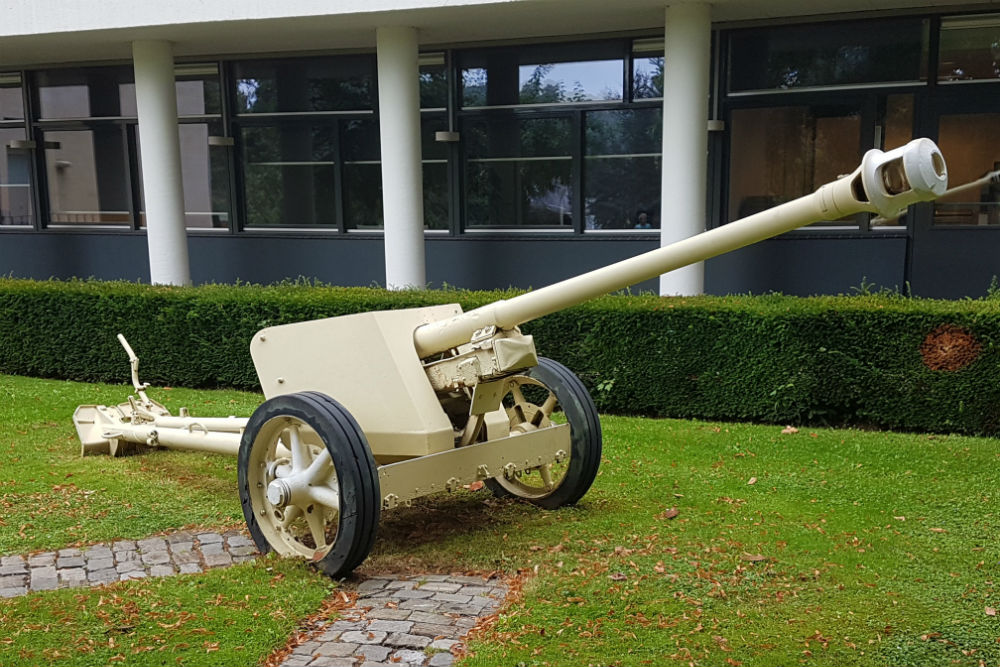 German 75mm Pak 40 Valkenburg