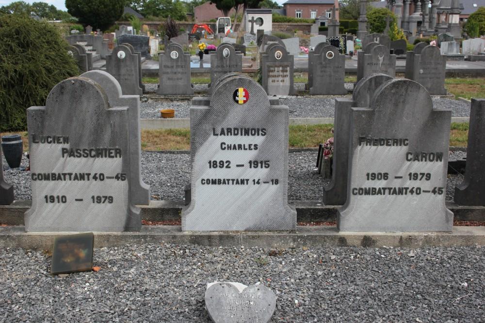 Belgische Oorlogsgraven Court-Saint-Etienne