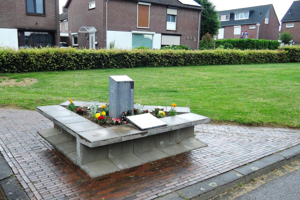 Memorial Crash 1 January 1945