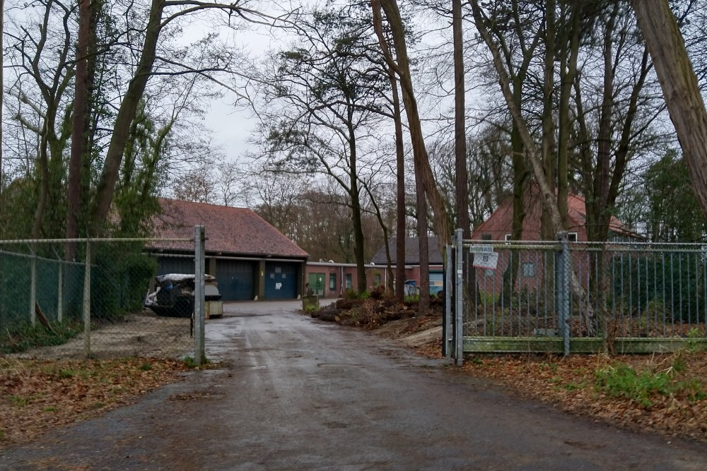 Buildings Z78 and Z79 Workshop and Office