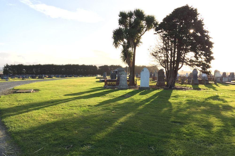 Oorlogsgraven van het Gemenebest Riverton Cemetery