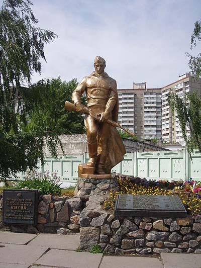 Massagraf Sovjet Soldaten Peremogy (Kiev)