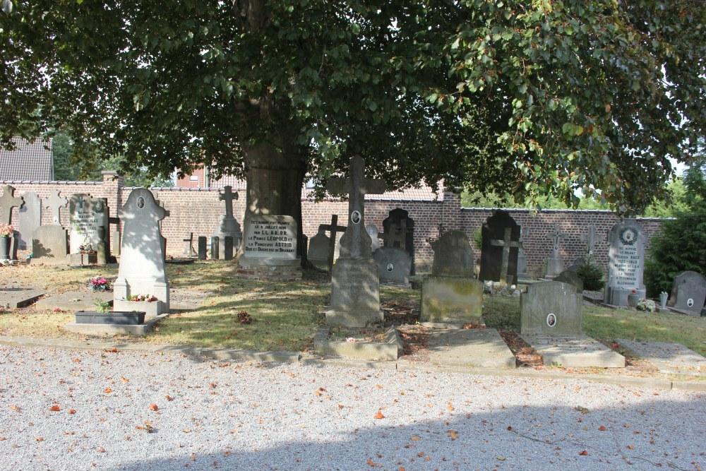 Belgische Oorlogsgraven Wavre