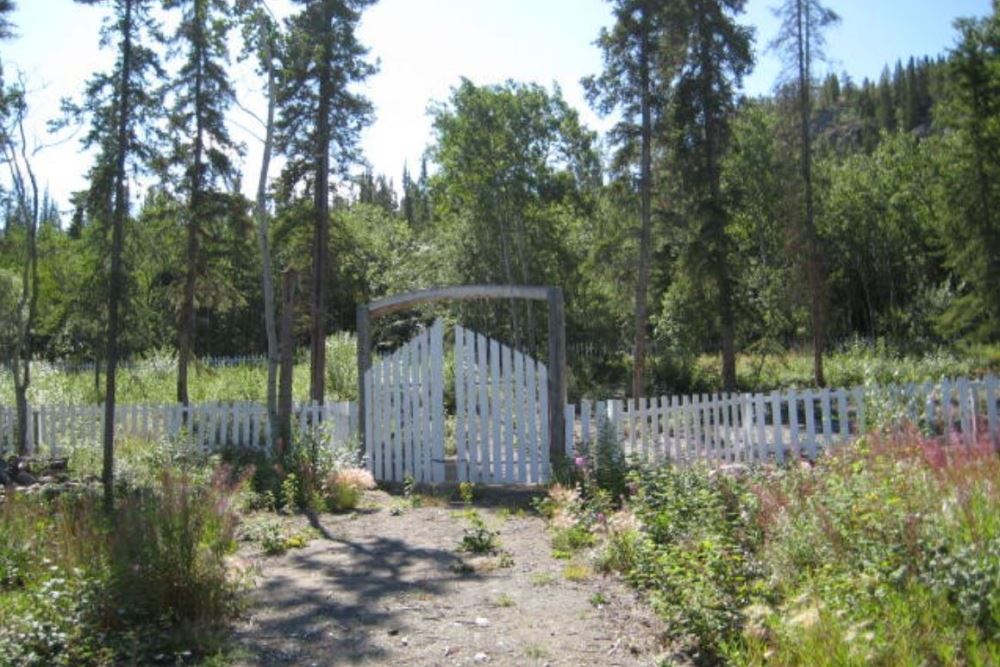 Commonwealth War Grave Carcross Cemetery
